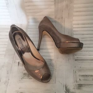 Michael Kors leather peep toe platform heels 6.5